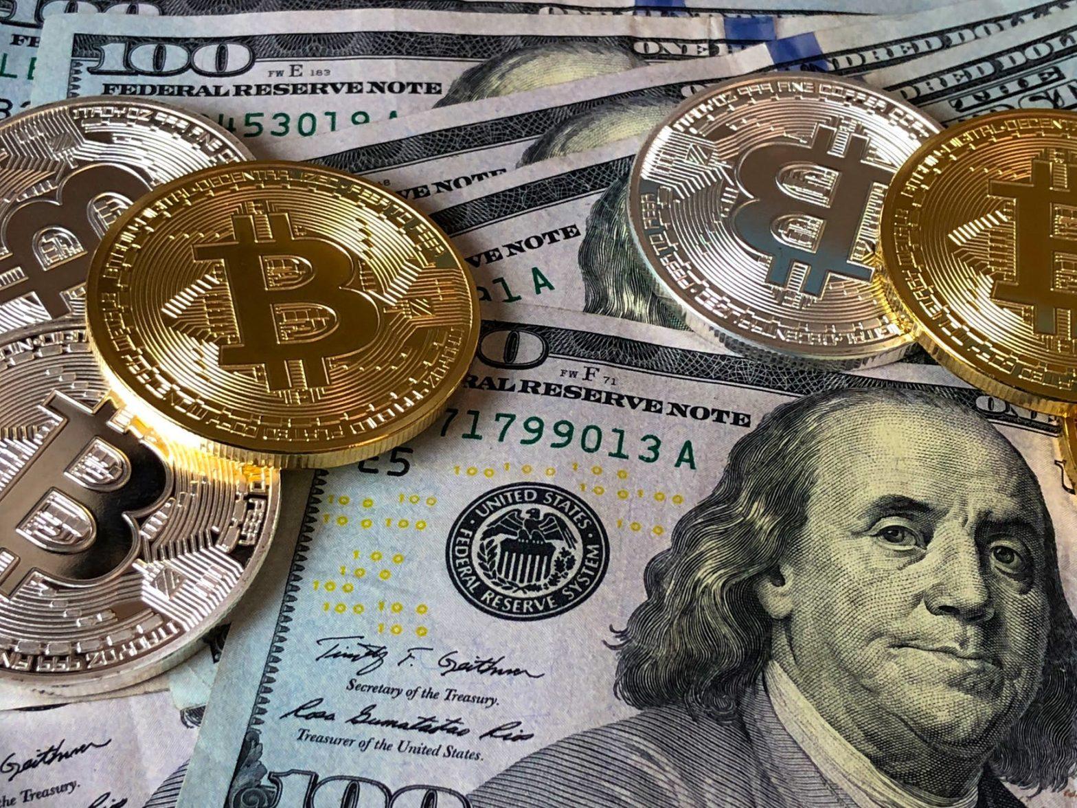 bitcoins and u s dollar bills